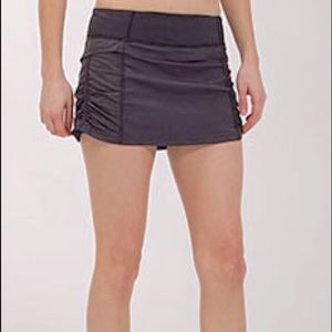 Lululemon Run Jog Skirt II Gray, size 4